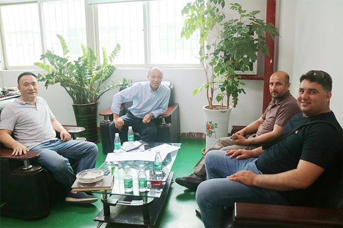 阿富汗客户商讨合作事宜